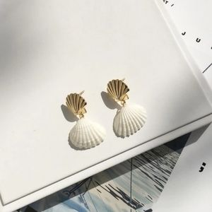 LAST! Clam Shell Drop Earring 14K Gold Plate White